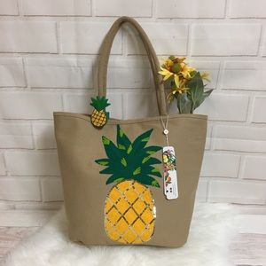 🆕America and Beyond Pineapple Sequins Tote